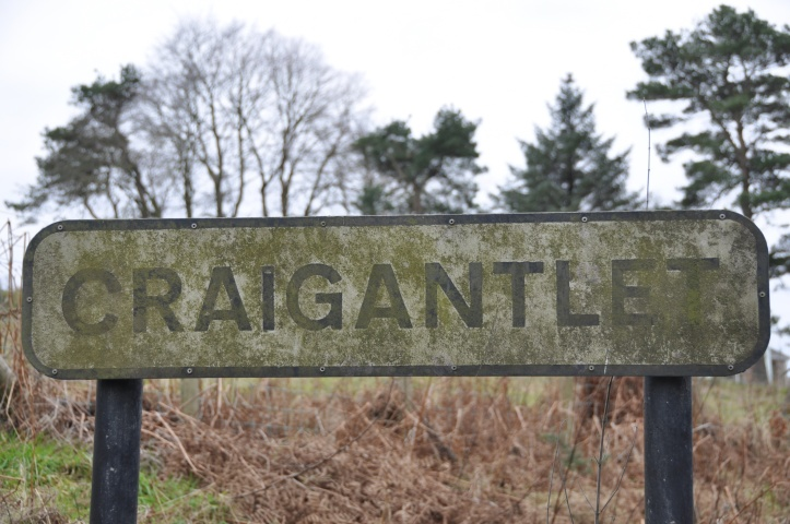 Craigantlet sign