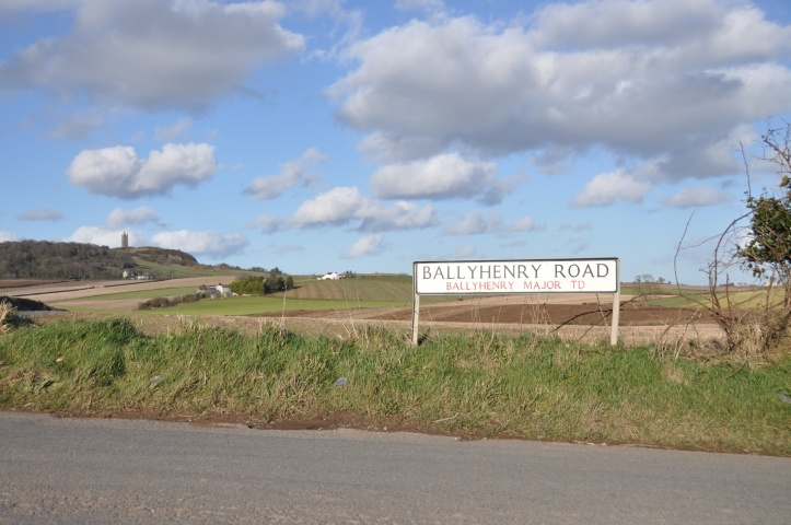 Ballyhenry TD sign and Scrabo
