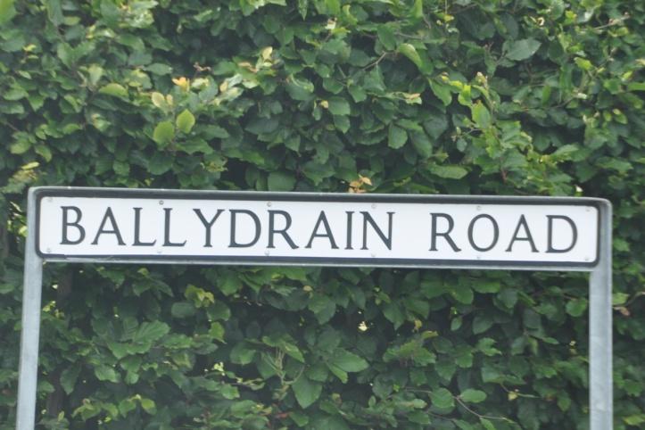 Ballydrain Road sign