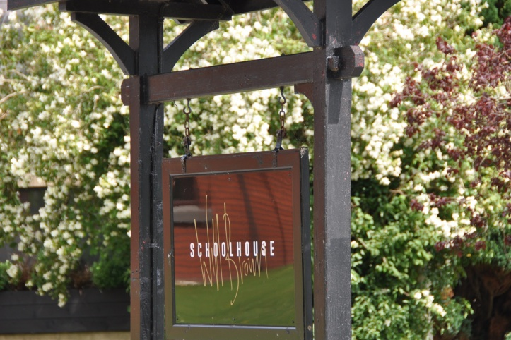 Schoolhouse Inn sign