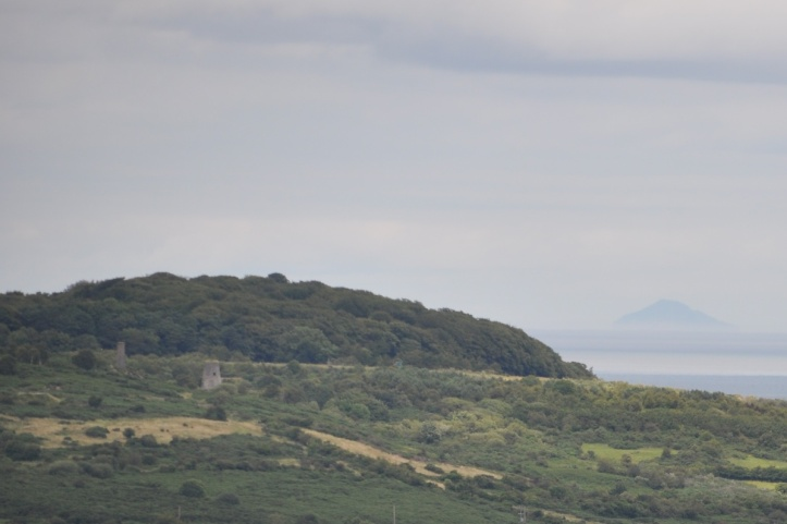 Whitespots from Scrabo (1)