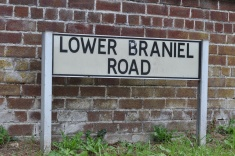Lower Braniel Road sign