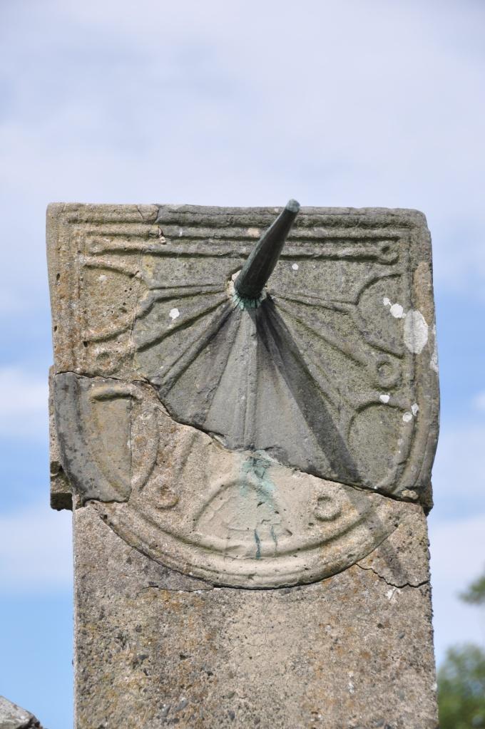 Nendrum sundial