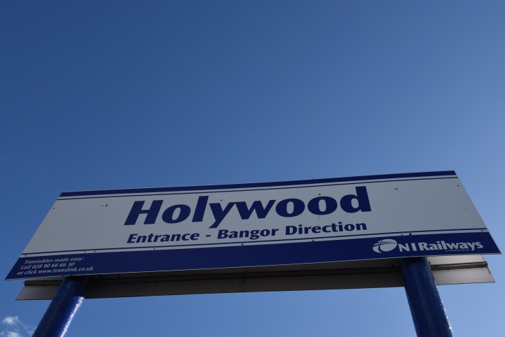 Hollywood station sign (1)
