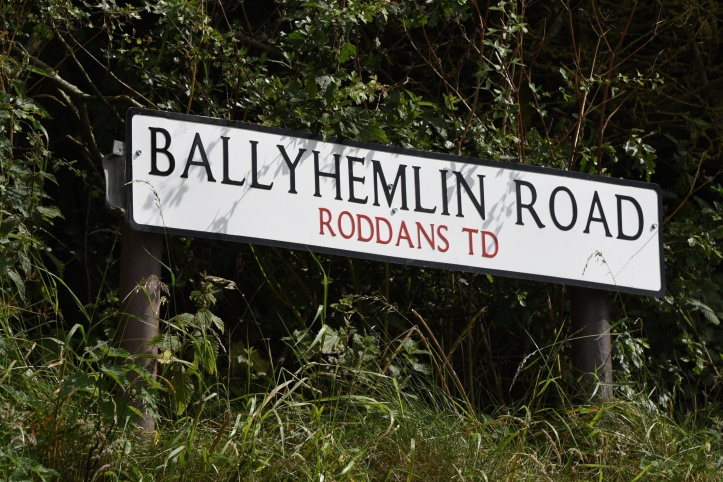 ballyhemlin-road-sign