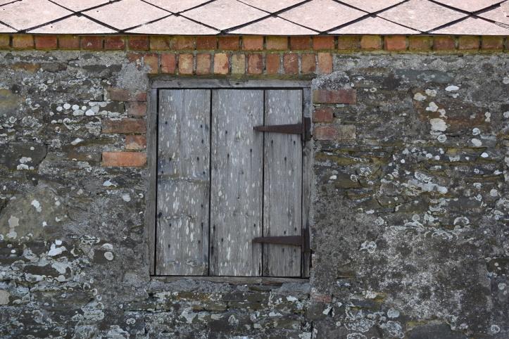 ballytrustan-window
